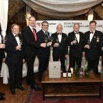 Predstavniki društva Sommelier Slovenije z gosti iz mednarodnega združenja ASI